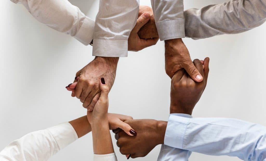 How To Increase Efficiency In Team Building Groups